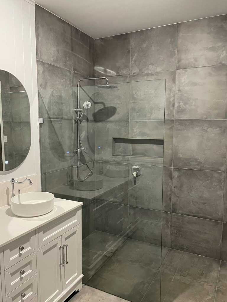 House-renovation-Wynnum-after-interior-bathroom